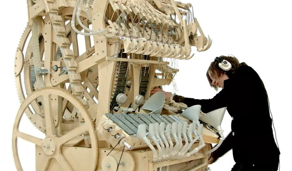 Martin_Molin_the_Wintergatan_Marble_Machine7