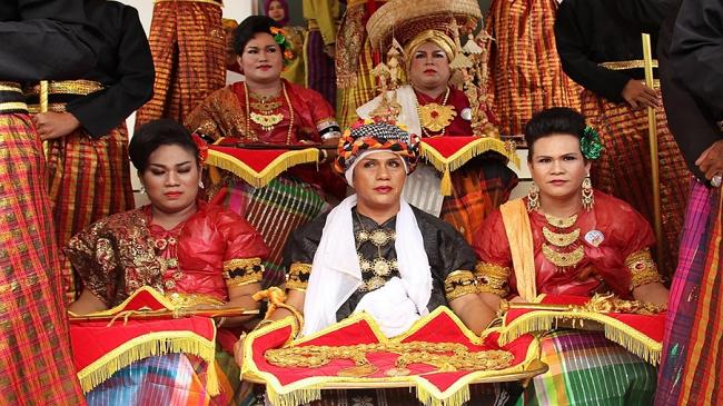 Bugis-Indonesia
