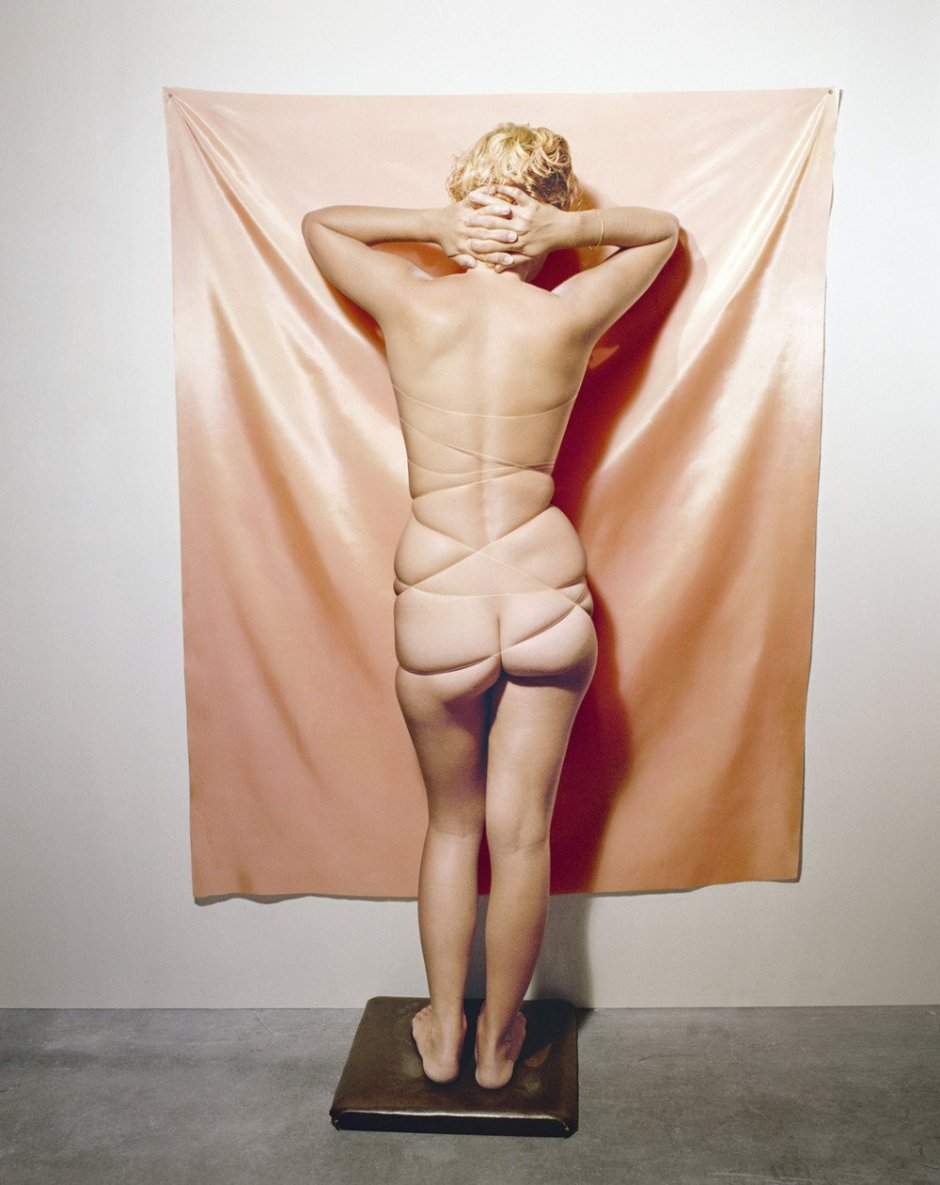 jo-ann-callis-nude-facing-wall