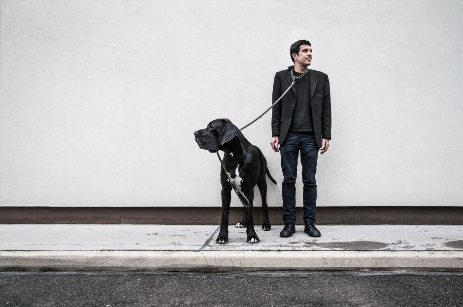 MAN-BITES-DOG-01-web